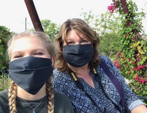 21_Masked_women-1.jpg