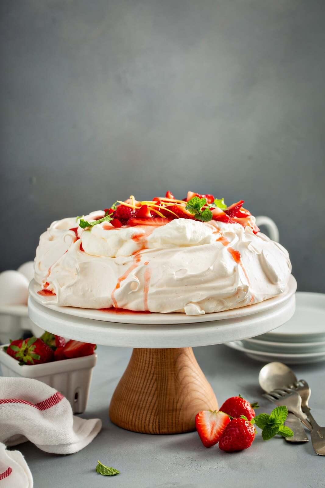 Pavlova-with-Strawberries-6.jpg